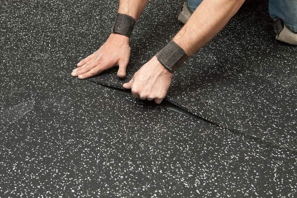 کفپوش ورزشی گرانولی